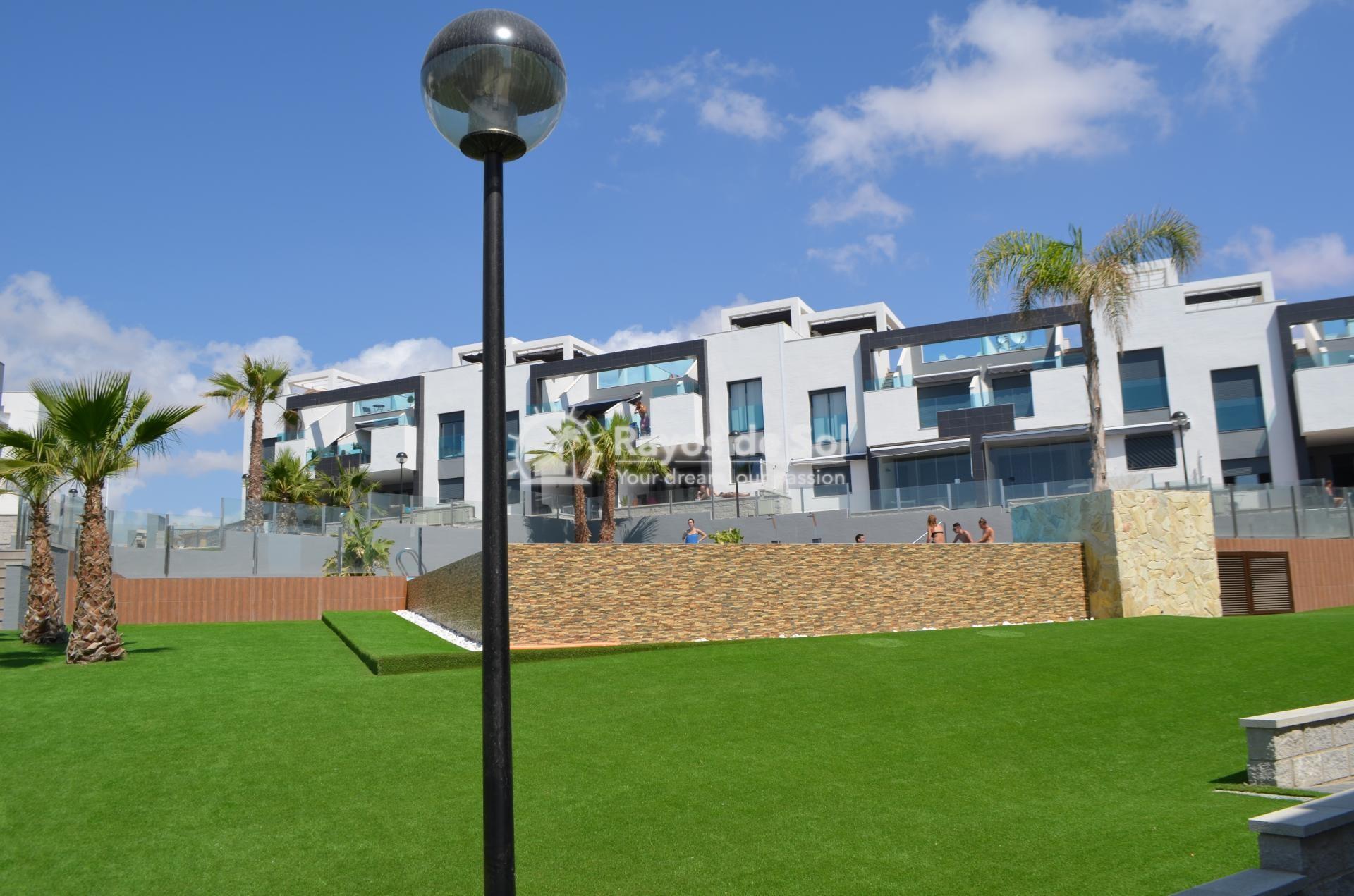 Apartment  in Punta Prima, Orihuela Costa, Costa Blanca (mp2028) - 20