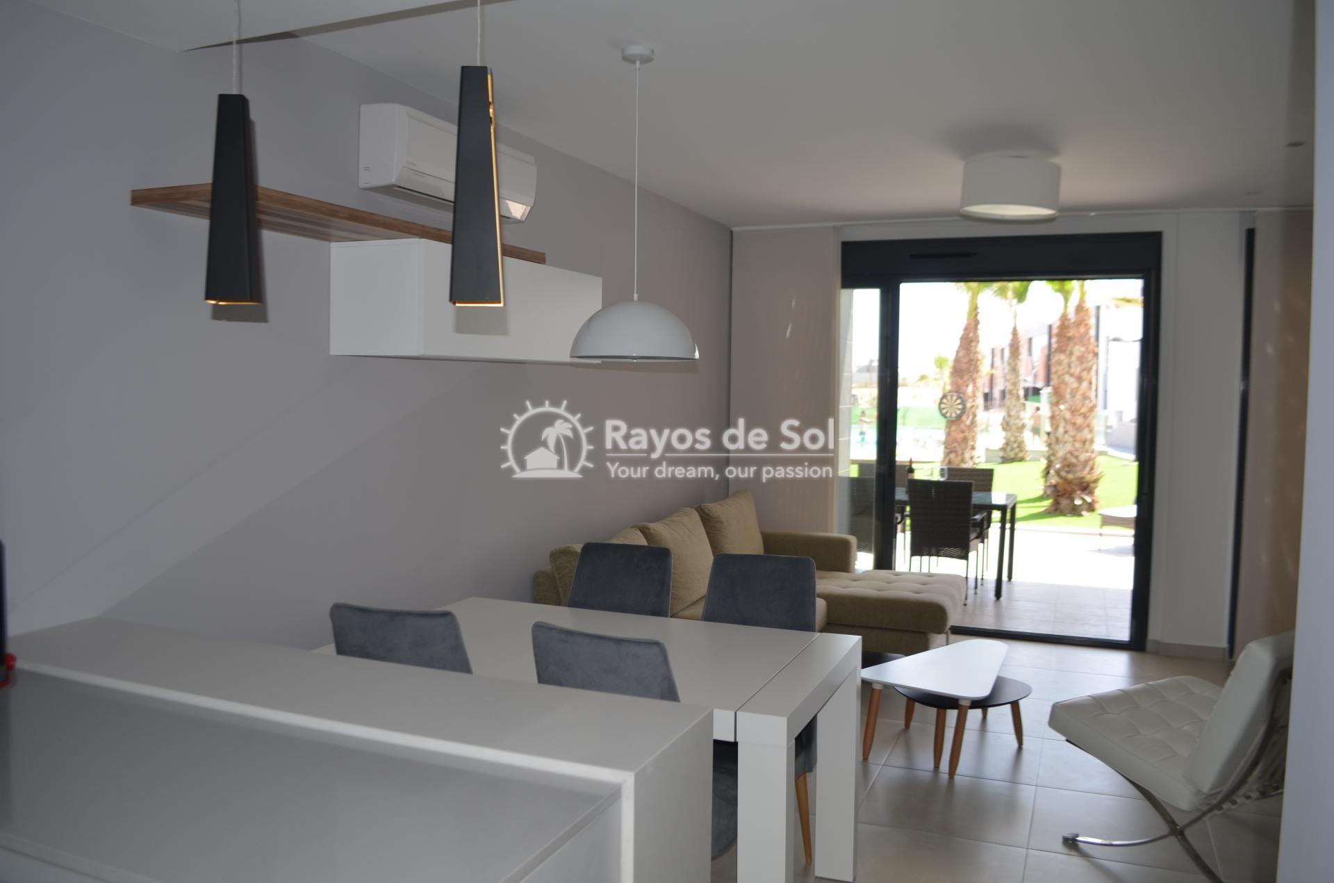 Apartment  in Punta Prima, Orihuela Costa, Costa Blanca (mp477) - 14