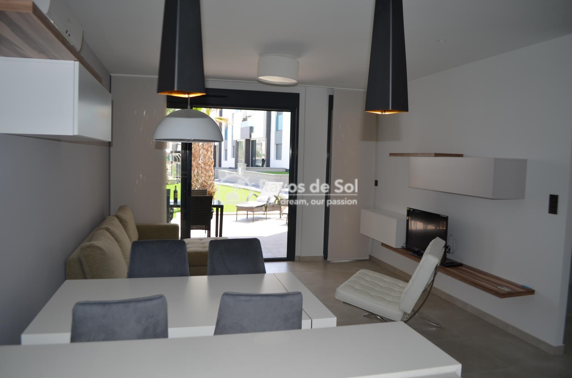 Apartment  in Punta Prima, Orihuela Costa, Costa Blanca (mp477) - 15