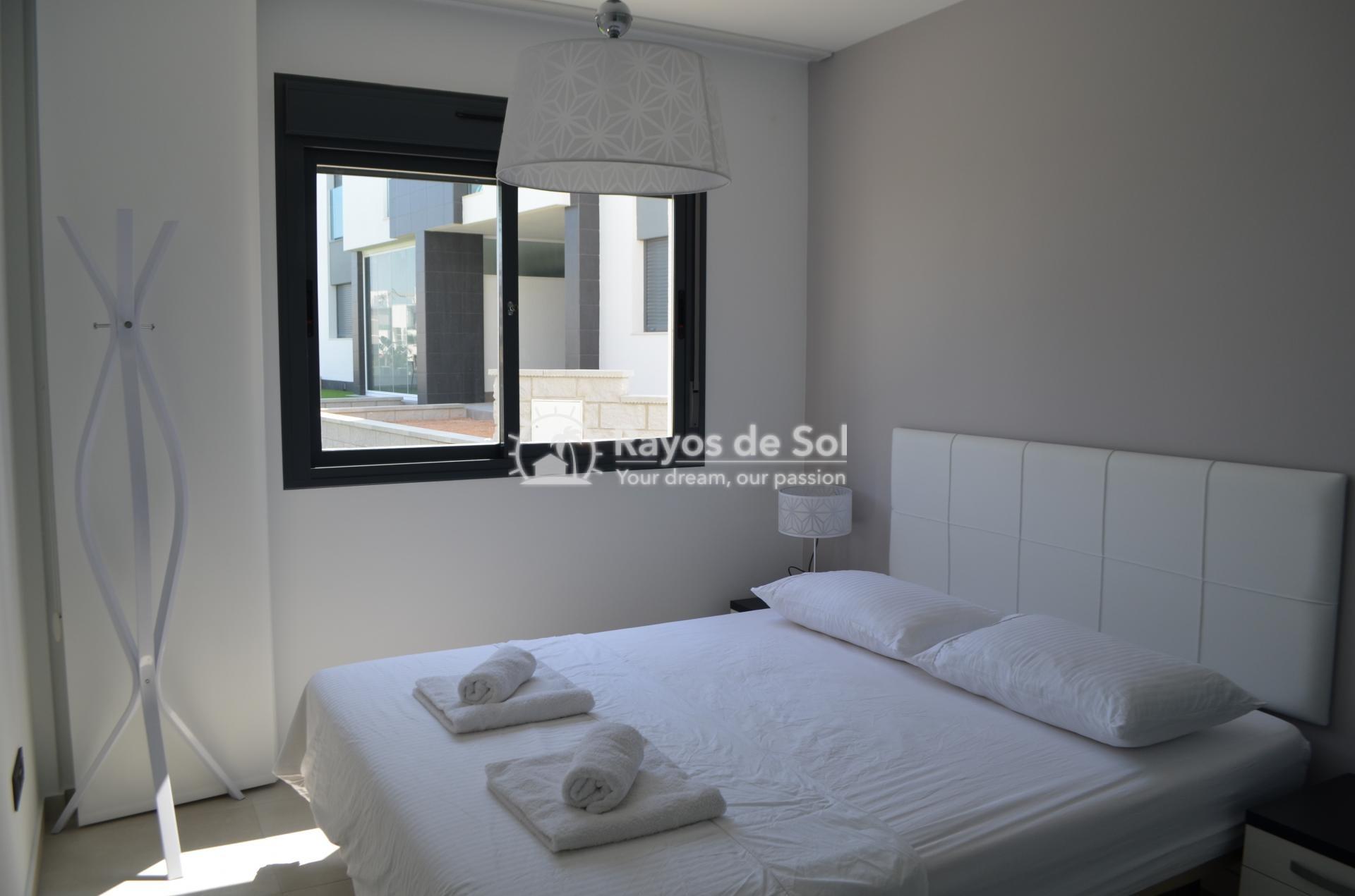 Apartment  in Punta Prima, Orihuela Costa, Costa Blanca (mp477) - 18