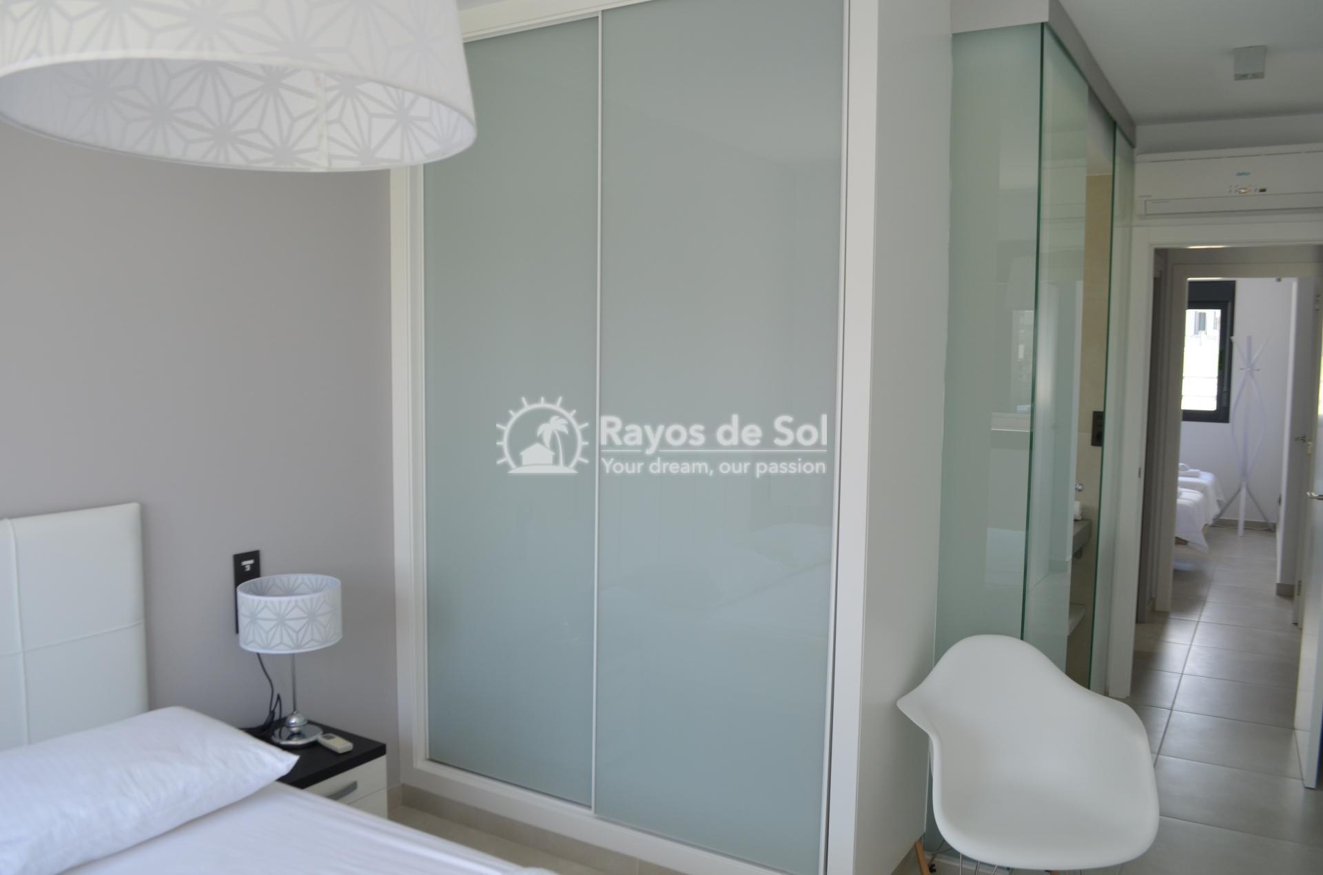 Apartment  in Punta Prima, Orihuela Costa, Costa Blanca (mp477) - 19