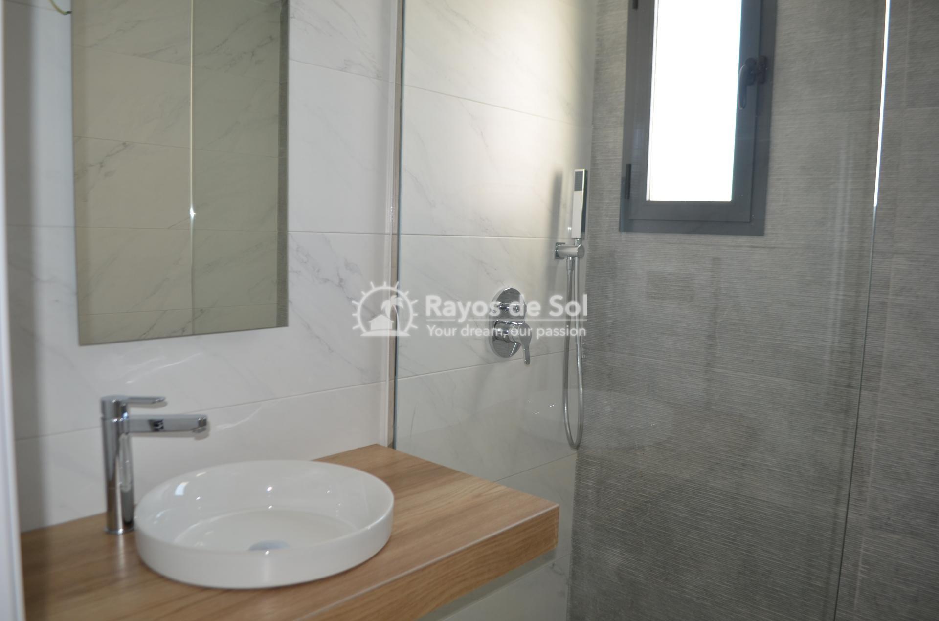 Apartment  in Punta Prima, Orihuela Costa, Costa Blanca (mp477) - 22