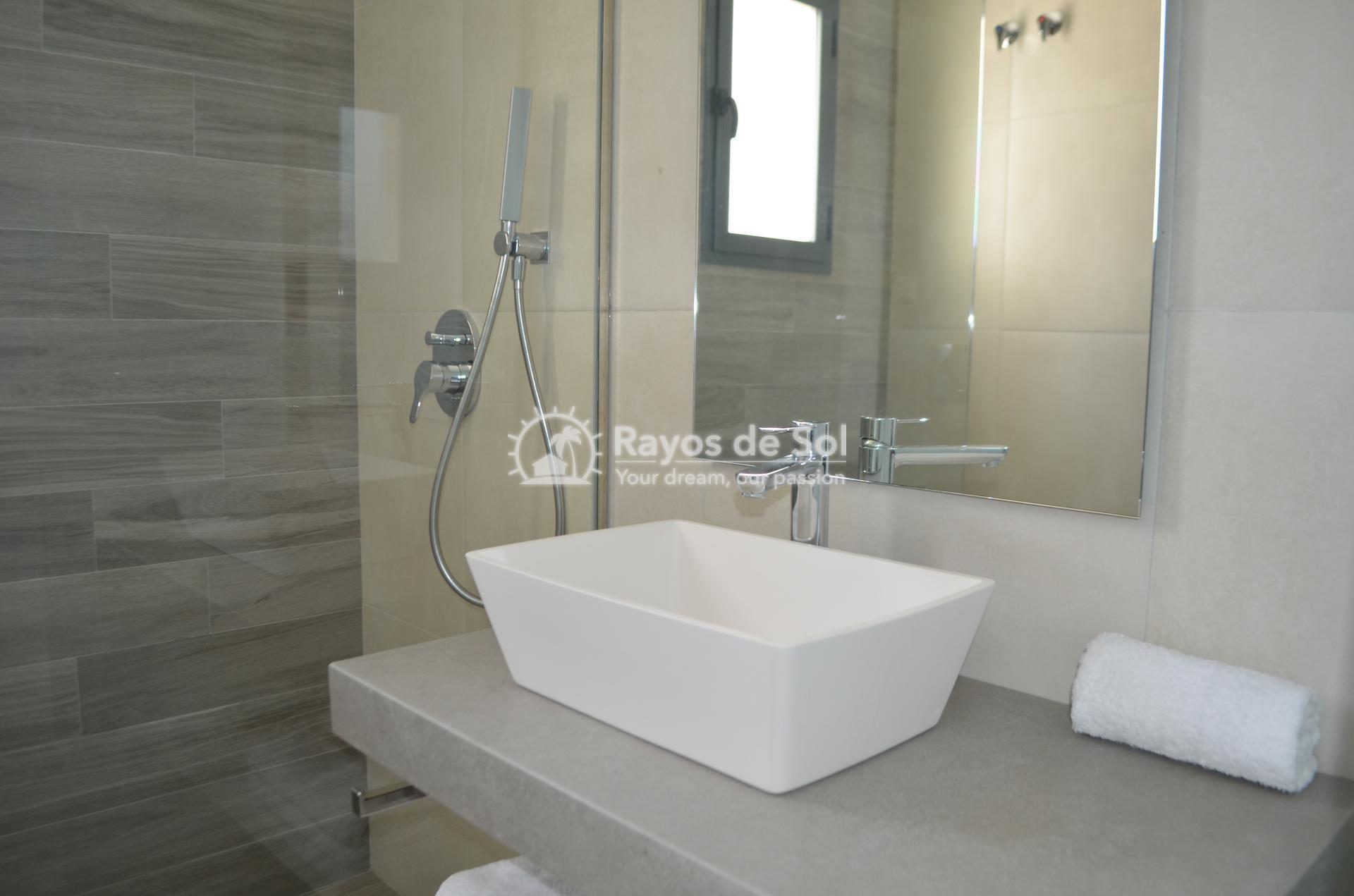 Apartment  in Punta Prima, Orihuela Costa, Costa Blanca (mp477) - 21