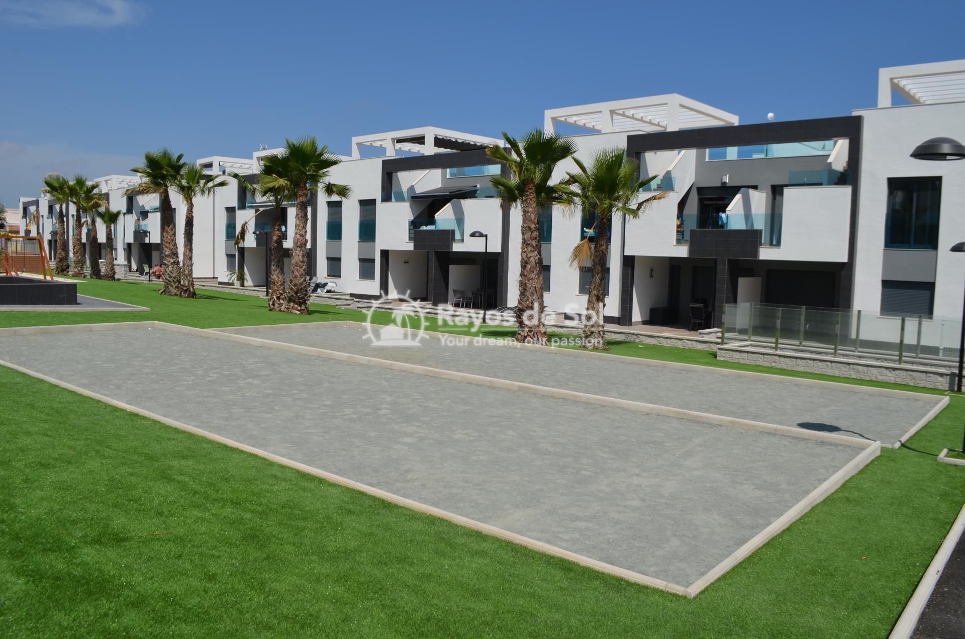 Apartment  in Punta Prima, Orihuela Costa, Costa Blanca (mp477) - 24