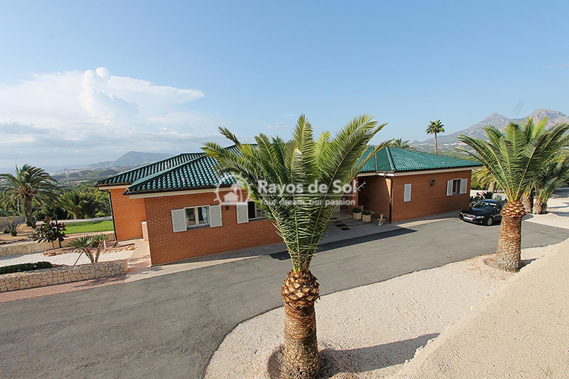 Villa  in Altea, Costa Blanca (mp784) - 2
