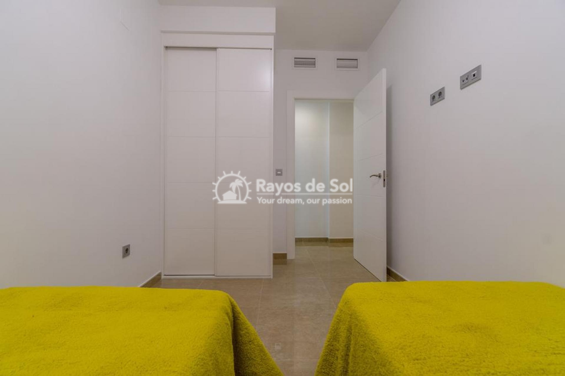 Apartment  in Torrevieja, Costa Blanca (mp9069) - 16