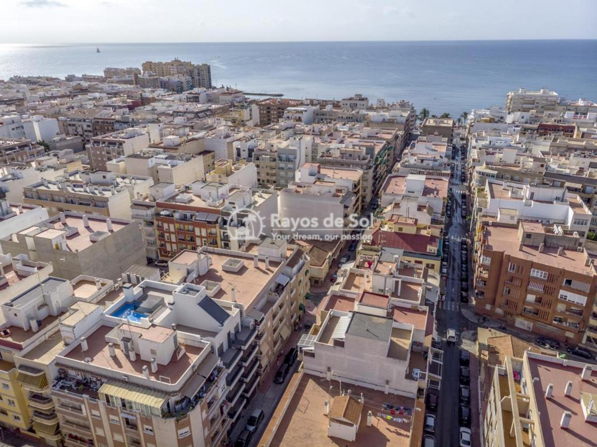 Apartment  in Torrevieja, Costa Blanca (mp9069) - 25