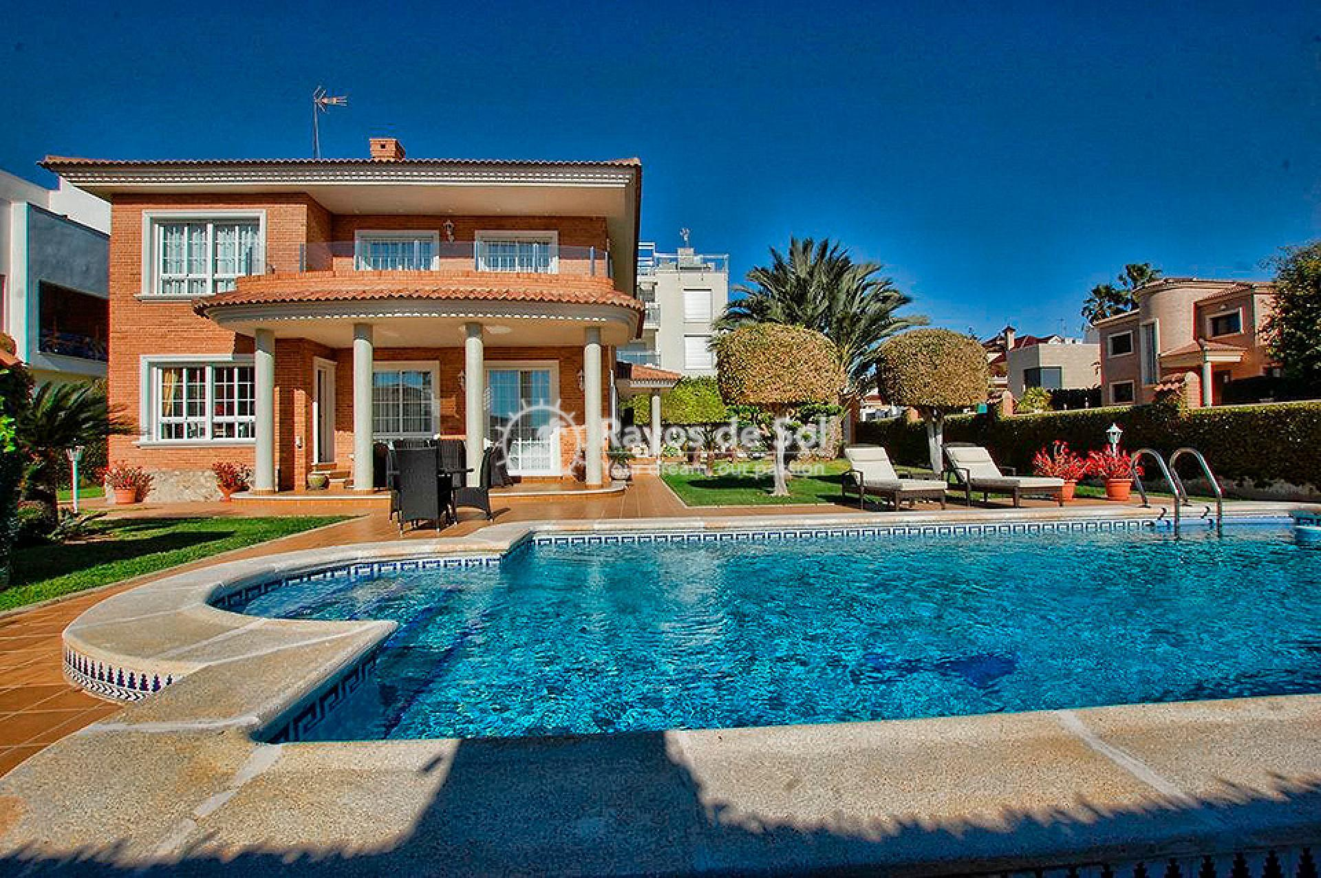 Villa  in Torrevieja, Costa Blanca (mp746) - 1