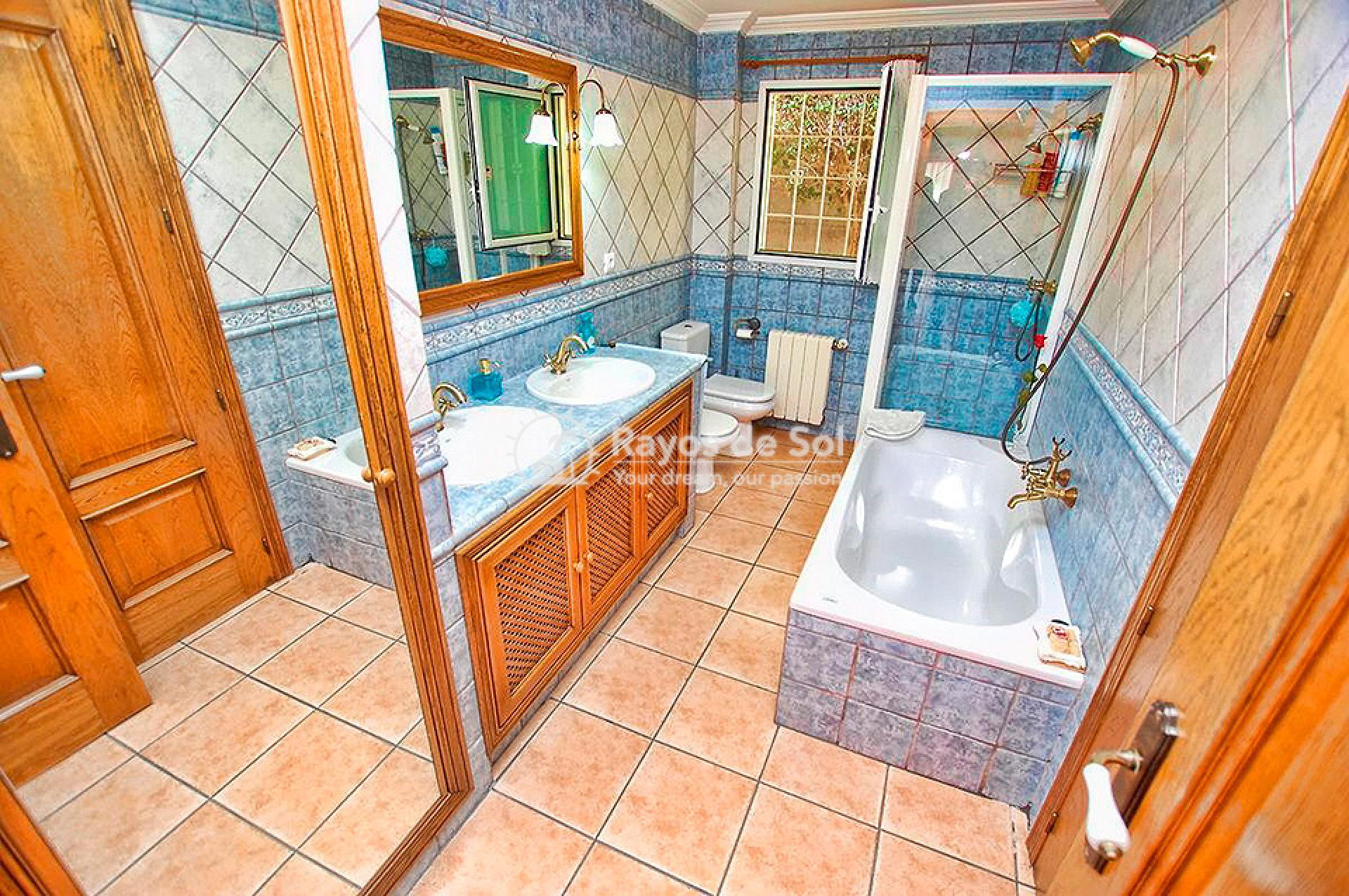 Villa  in Torrevieja, Costa Blanca (mp746) - 20