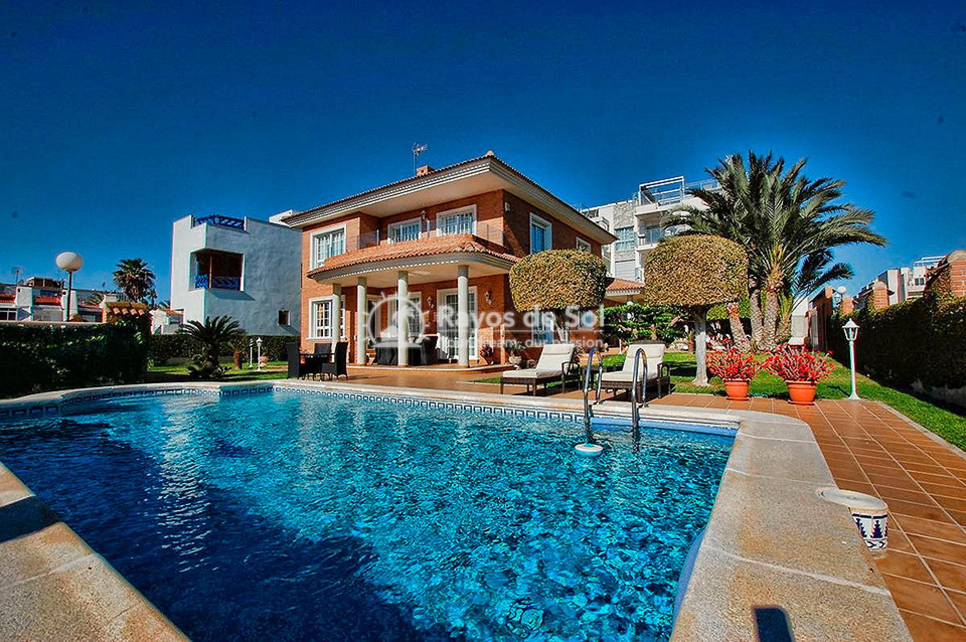 Villa  in Torrevieja, Costa Blanca (mp746) - 24