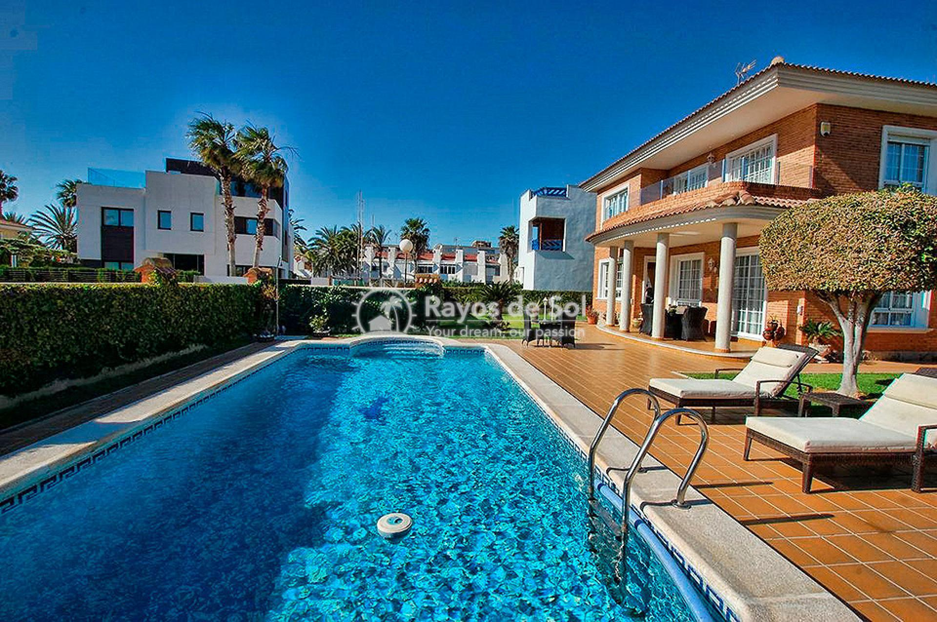 Villa  in Torrevieja, Costa Blanca (mp746) - 25