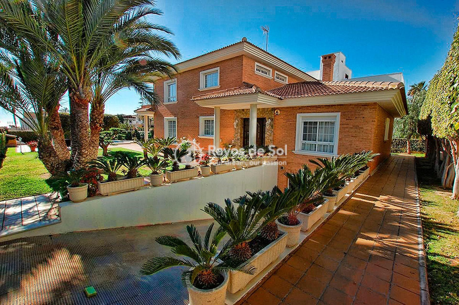 Villa  in Torrevieja, Costa Blanca (mp746) - 29