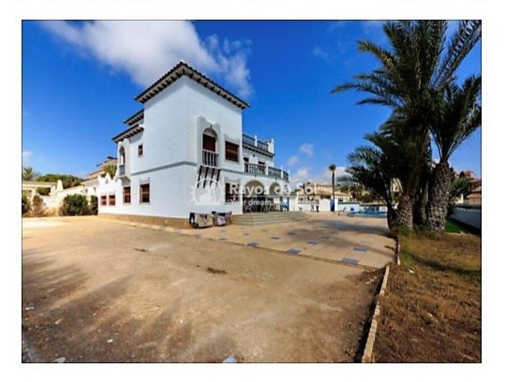 Villa  in La Zenia, Orihuela Costa, Costa Blanca (mp728) - 8