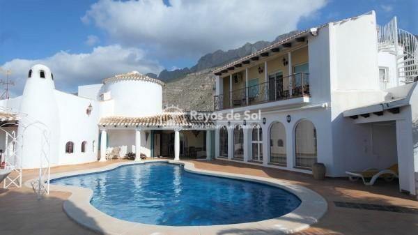 Villa  in Altea, Costa Blanca (2721) - 1