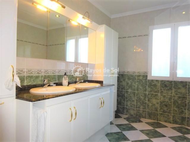Villa  in Calpe, Costa Blanca North (2678) - 12