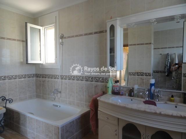 Villa  in Calpe, Costa Blanca North (2590) - 23