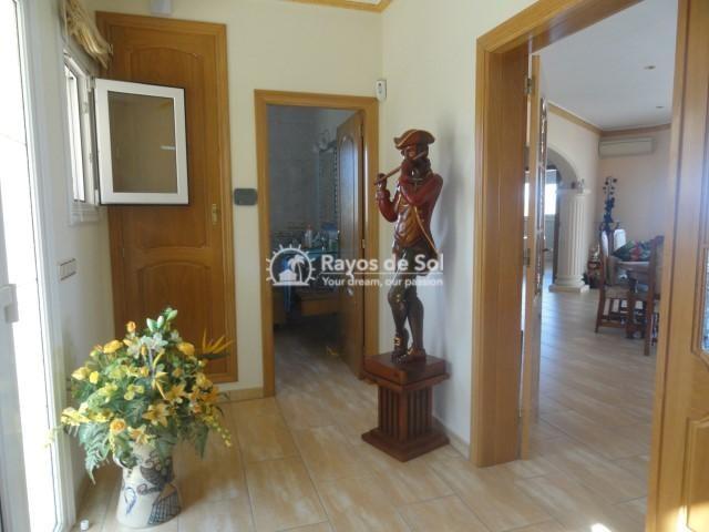 Villa  in Calpe, Costa Blanca North (2590) - 11