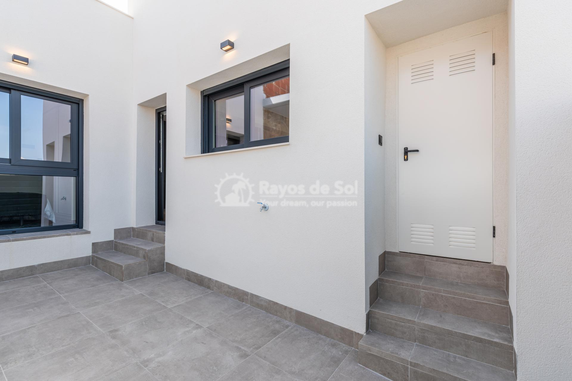 Semi-detached villa  in Formentera del Segura, Costa Blanca (Riomar) - 18