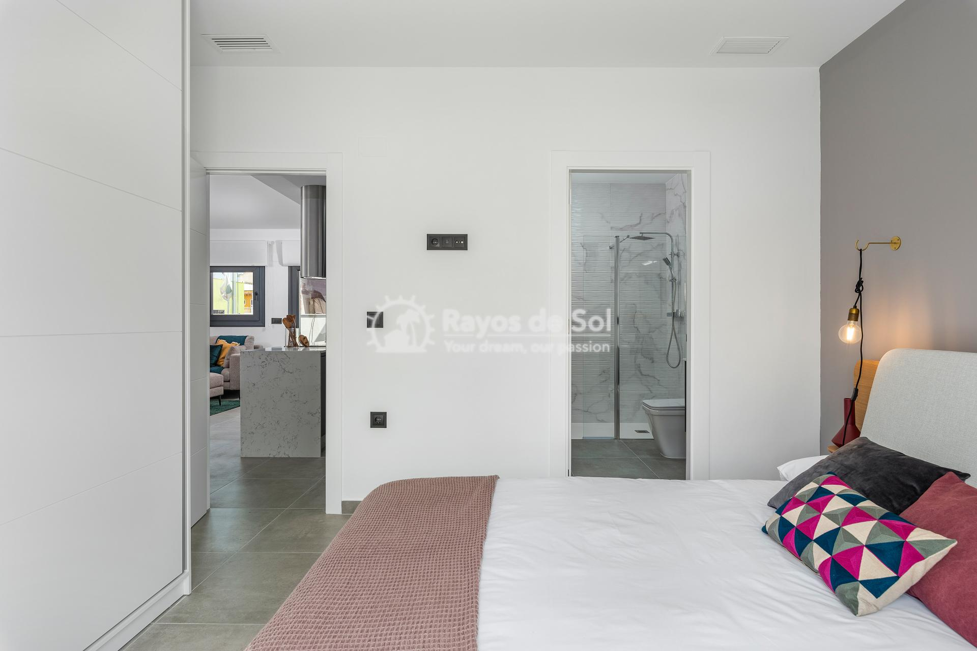 Semi-detached villa  in Formentera del Segura, Costa Blanca (Riomar) - 14