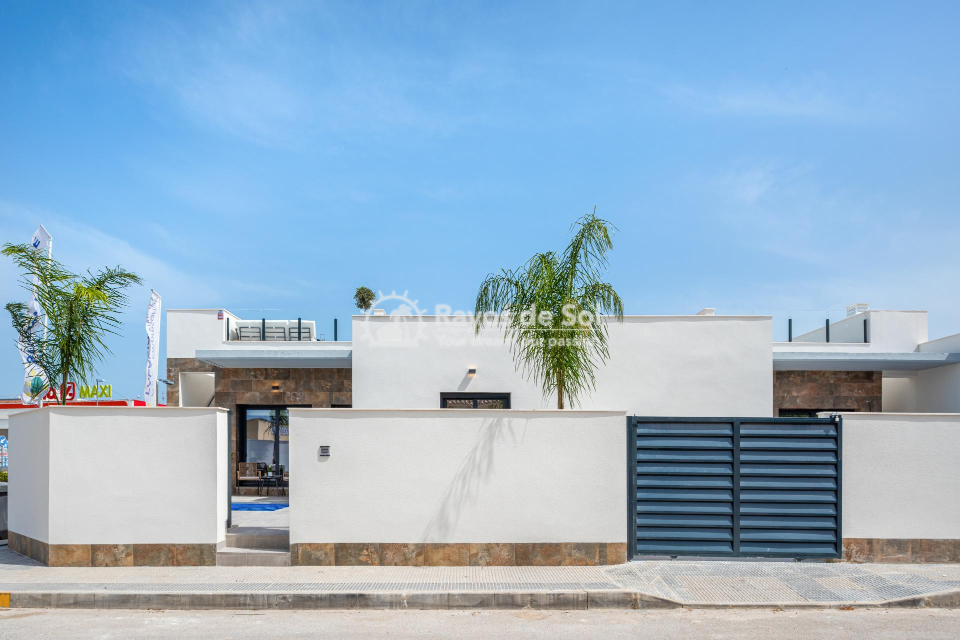 Semi-detached villa  in Formentera del Segura, Costa Blanca (Riomar) - 23