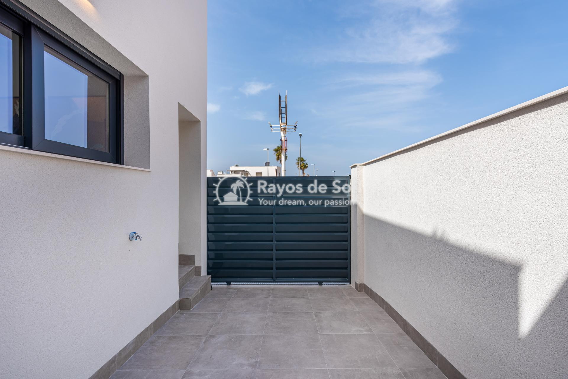 Semi-detached villa  in Formentera del Segura, Costa Blanca (Riomar) - 22