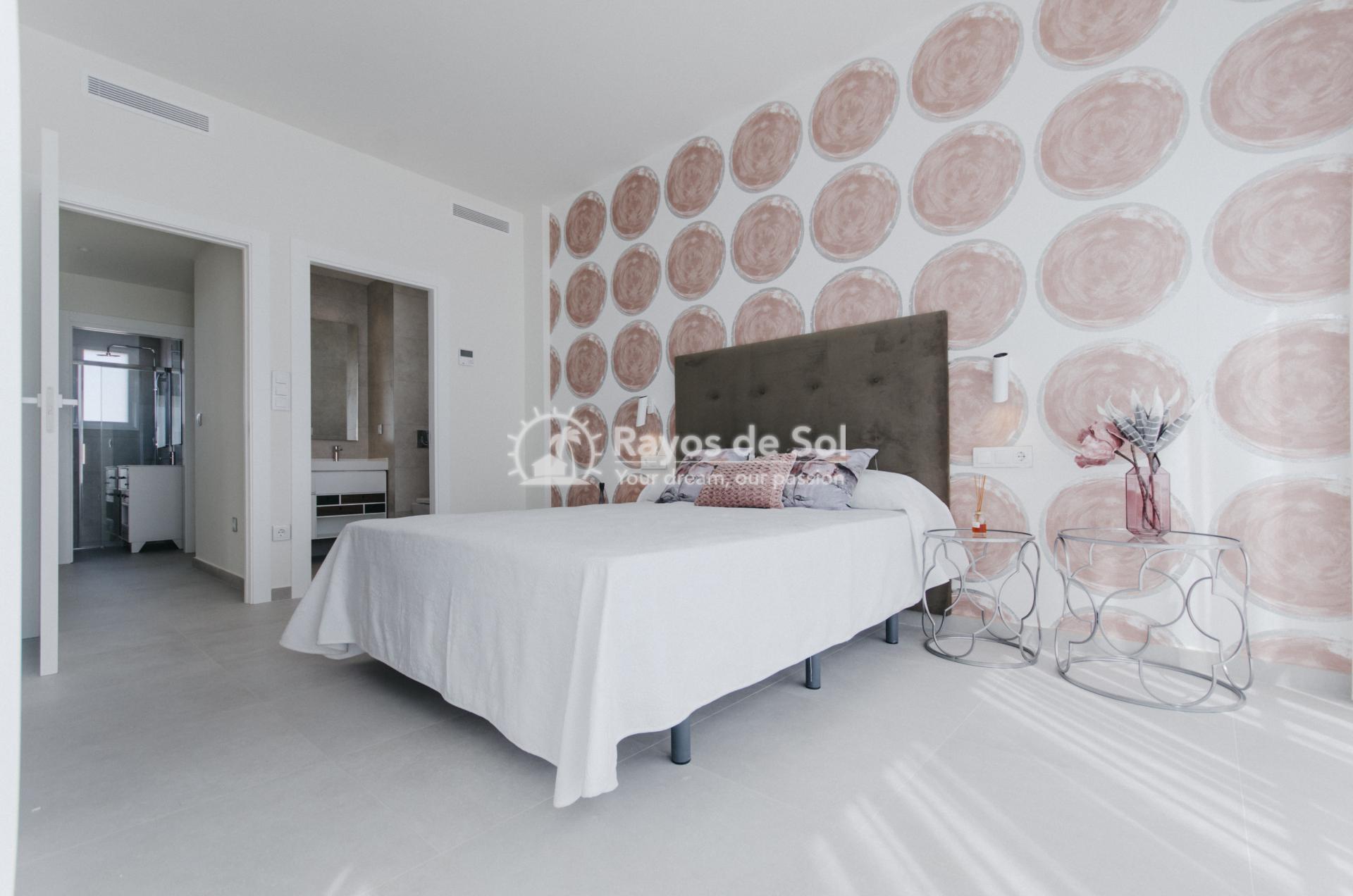 Detached villa  in Torrevieja, Costa Blanca (Torretas-villa) - 25