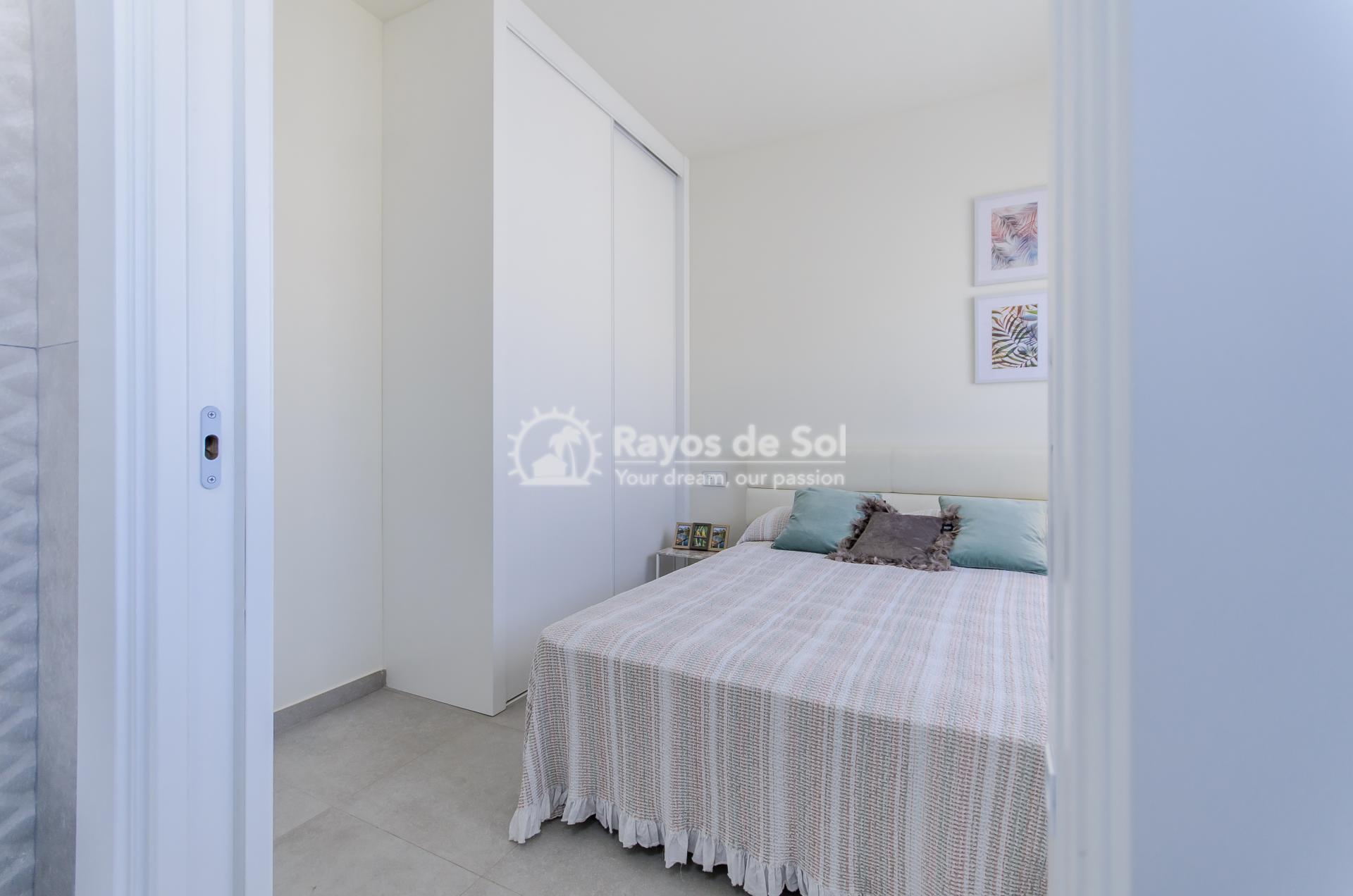 Detached villa  in Torrevieja, Costa Blanca (Torretas-villa) - 36