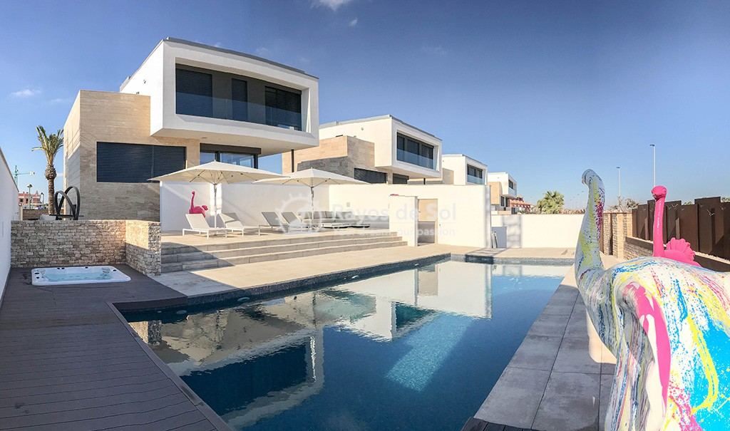 Luxury independent beachfront villa  in Torre de la Horadada, Pilar de la Horadada, Costa Blanca (Dunas-del-mar-2) - 1