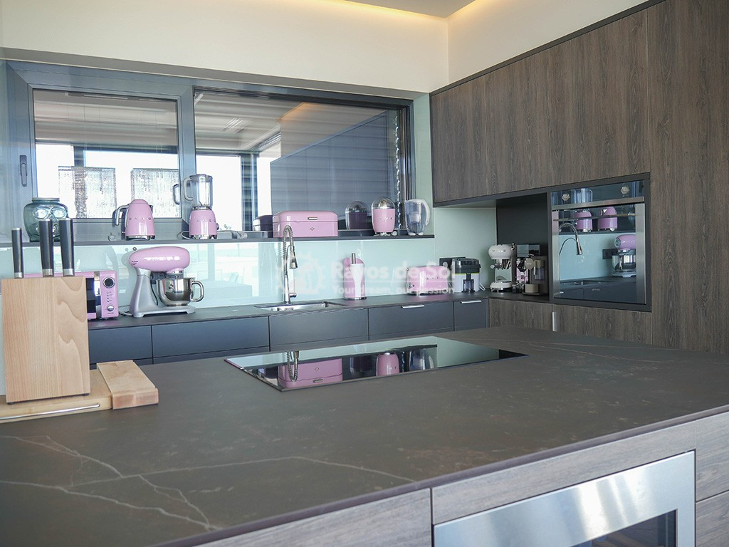 Luxury independent beachfront villa  in Torre de la Horadada, Pilar de la Horadada, Costa Blanca (Dunas-del-mar-2) - 13
