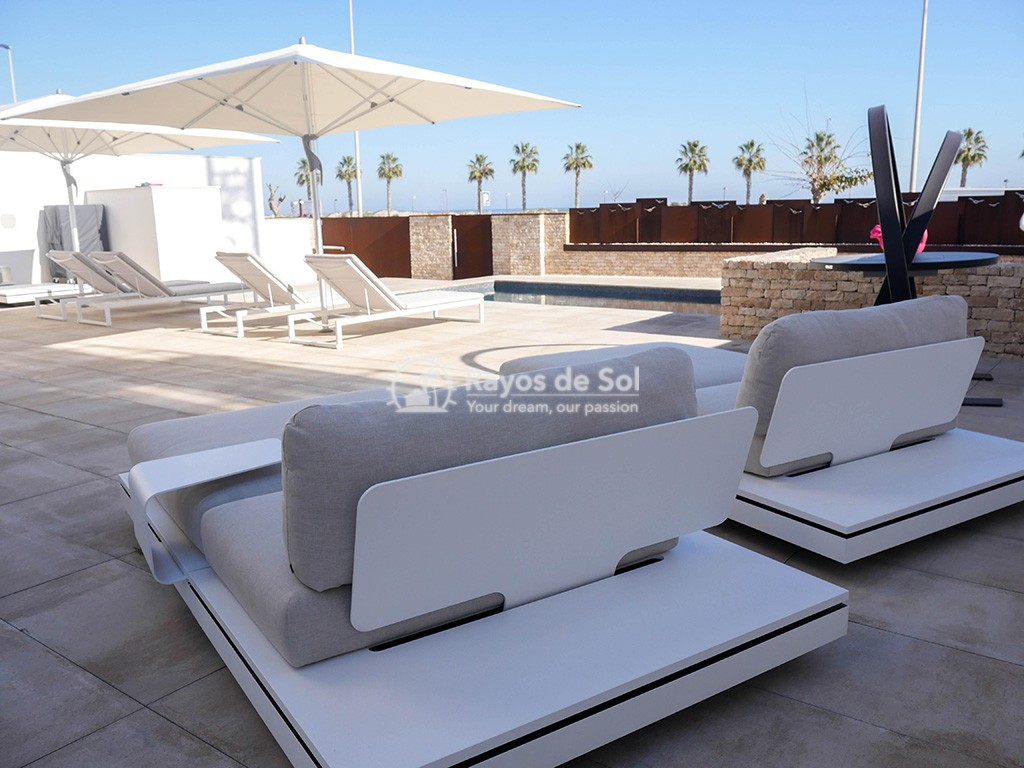 Luxury independent beachfront villa  in Torre de la Horadada, Pilar de la Horadada, Costa Blanca (Dunas-del-mar-2) - 35