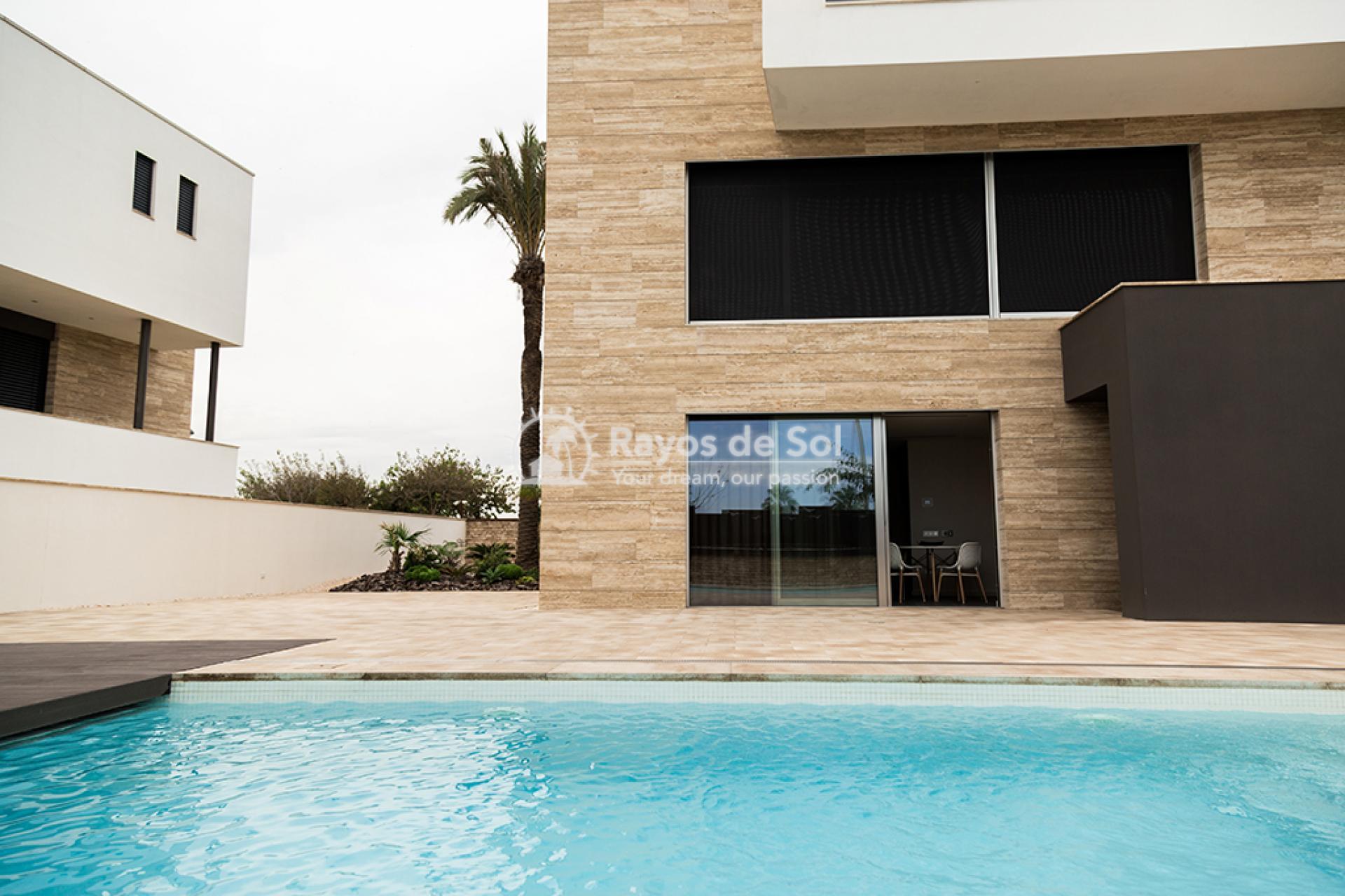 Luxury beachfront villa  in Torre de la Horadada, Pilar de la Horadada, Costa Blanca (Dunas-del-mar-5) - 7