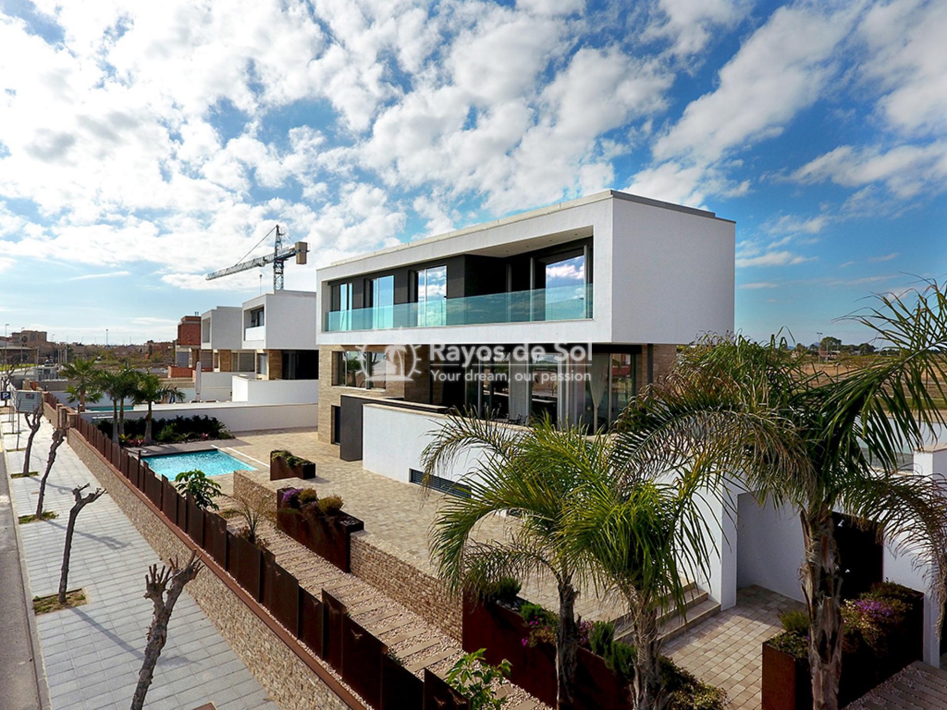 Luxury beachfront villa  in Torre de la Horadada, Pilar de la Horadada, Costa Blanca (Dunas-del-mar-5) - 5