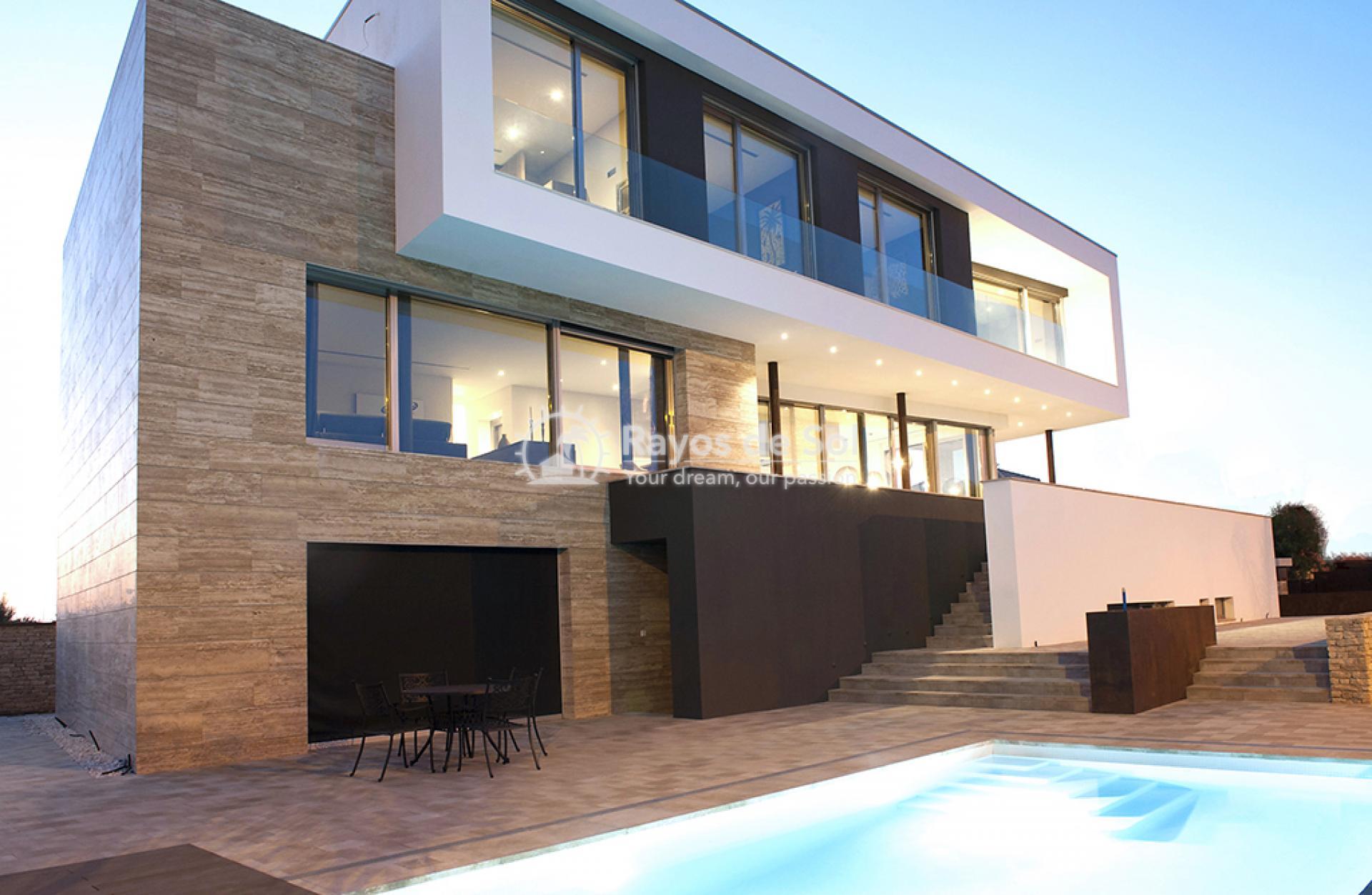 Luxury beachfront villa  in Torre de la Horadada, Pilar de la Horadada, Costa Blanca (Dunas-del-mar-5) - 3