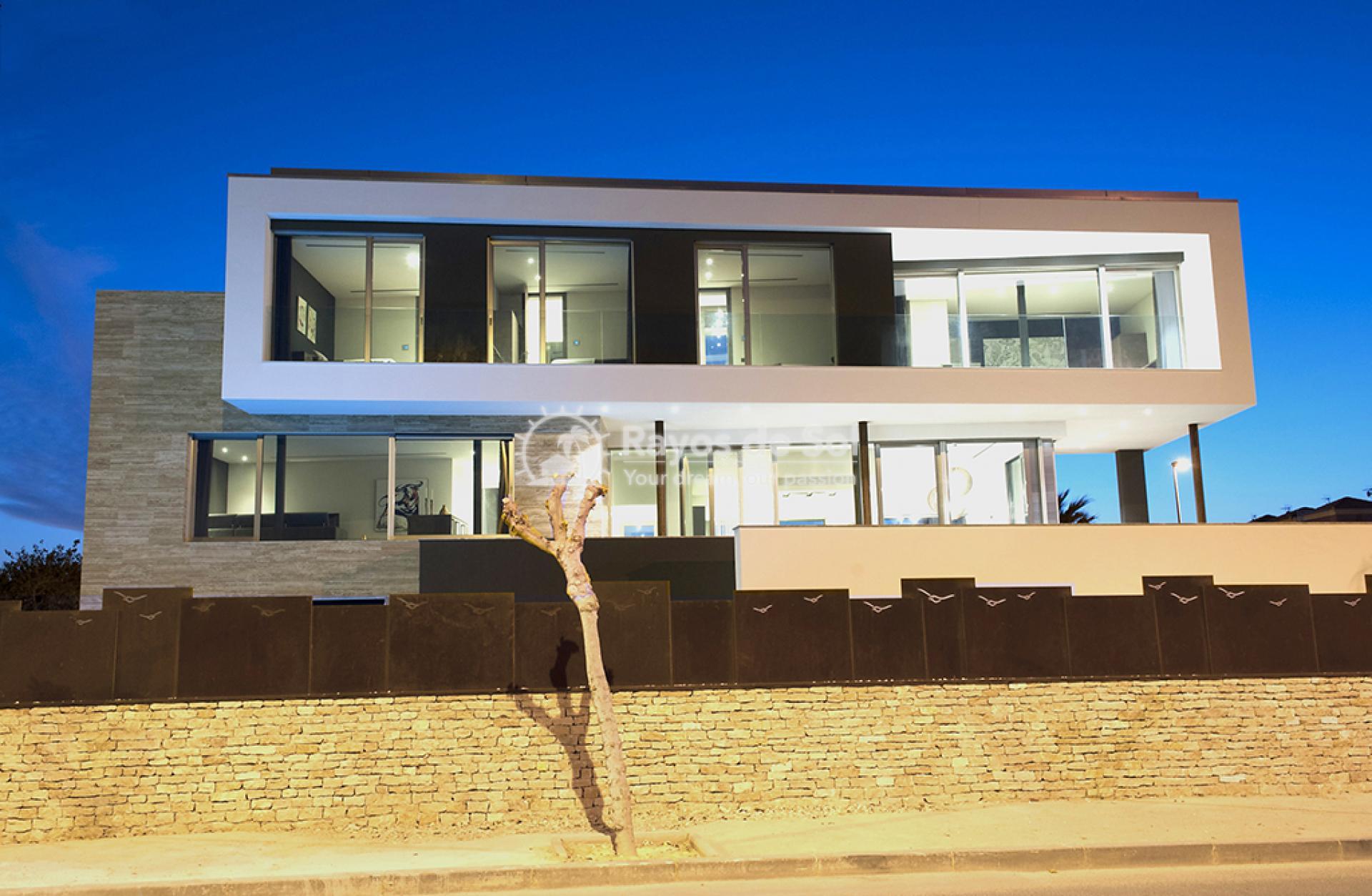 Luxury beachfront villa  in Torre de la Horadada, Pilar de la Horadada, Costa Blanca (Dunas-del-mar-5) - 1