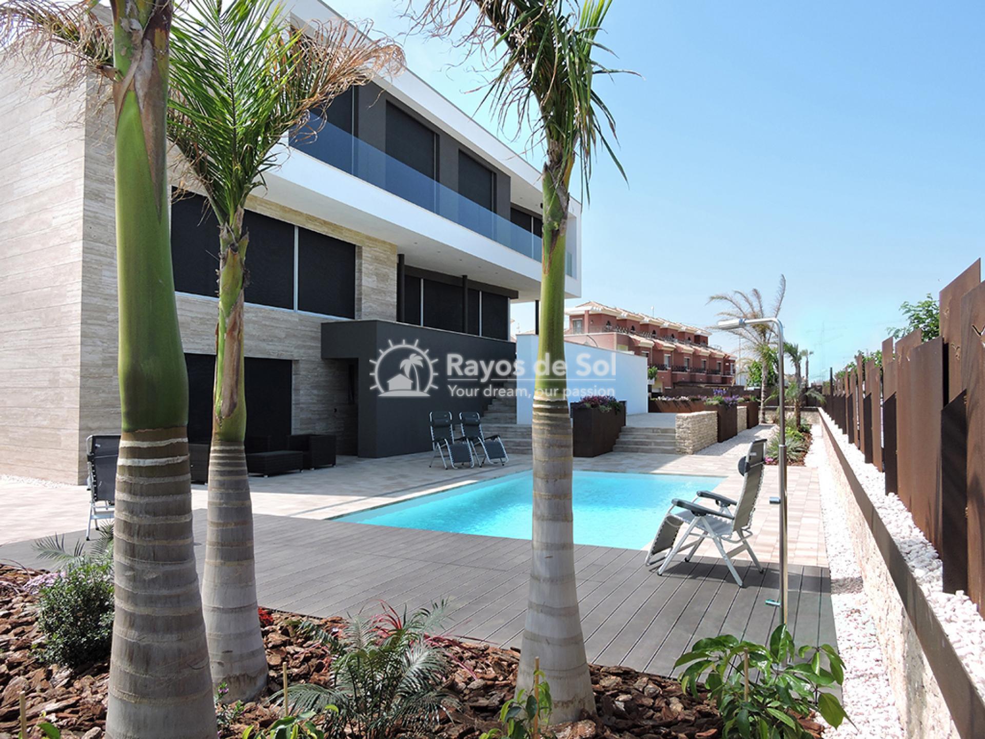 Luxury beachfront villa  in Torre de la Horadada, Pilar de la Horadada, Costa Blanca (Dunas-del-mar-5) - 13