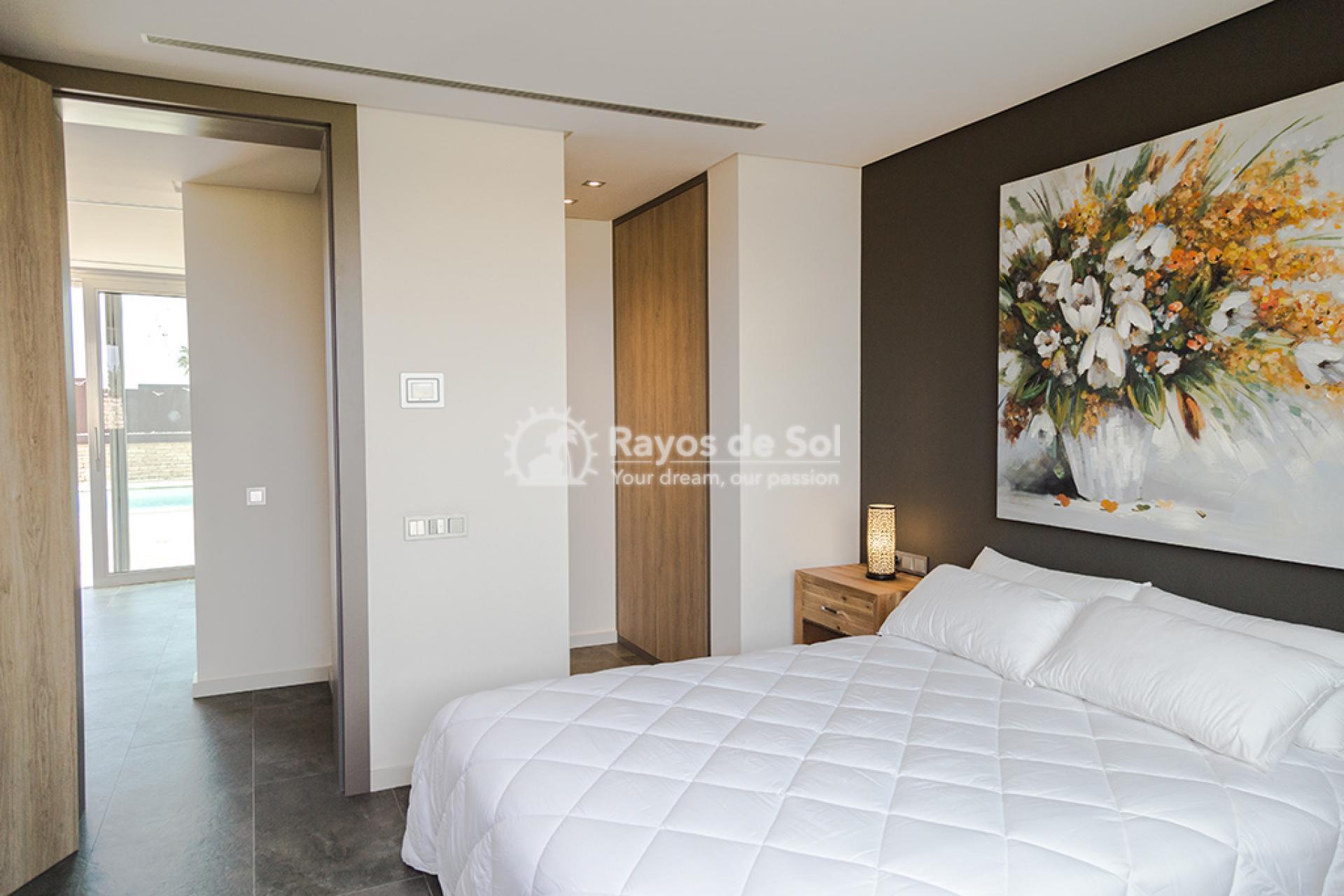Luxury beachfront villa  in Torre de la Horadada, Pilar de la Horadada, Costa Blanca (Dunas-del-mar-5) - 31