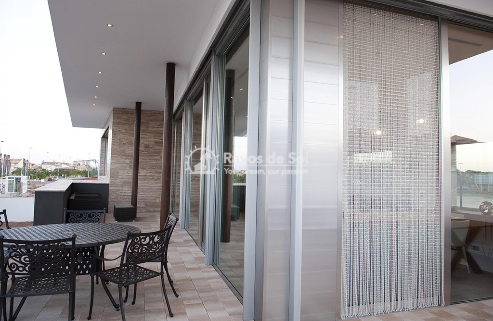 Luxury beachfront villa  in Torre de la Horadada, Pilar de la Horadada, Costa Blanca (Dunas-del-mar-5) - 50