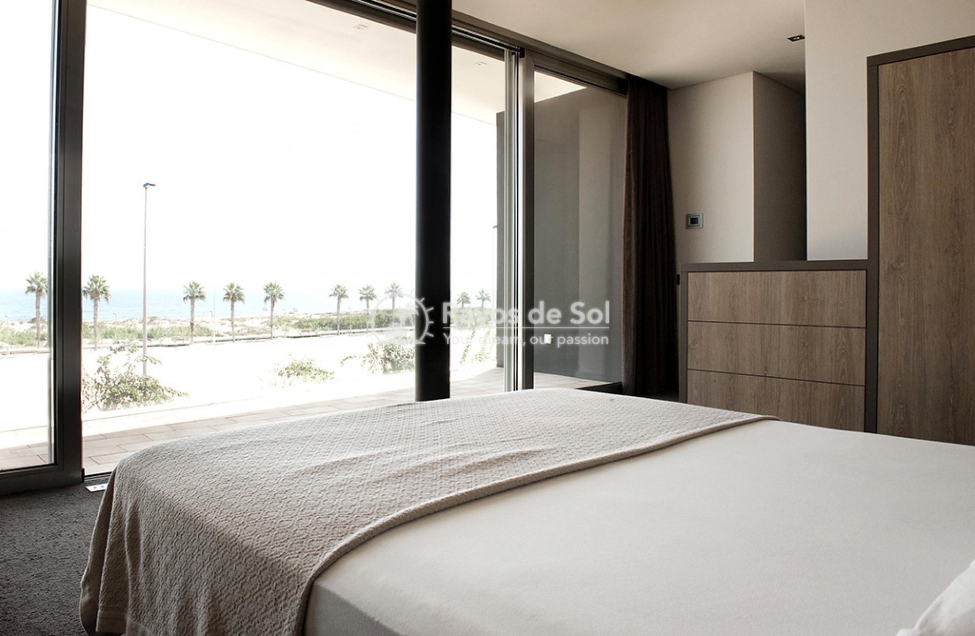 Luxury beachfront villa  in Torre de la Horadada, Pilar de la Horadada, Costa Blanca (Dunas-del-mar-5) - 61