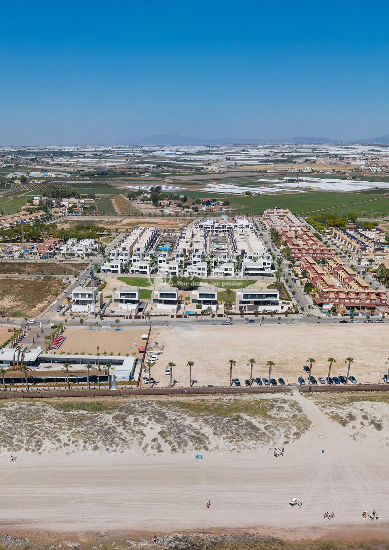 Luxury beachfront villas  in Torre de la Horadada, Pilar de la Horadada, Costa Blanca (Las-Higuericas-v12) - 13