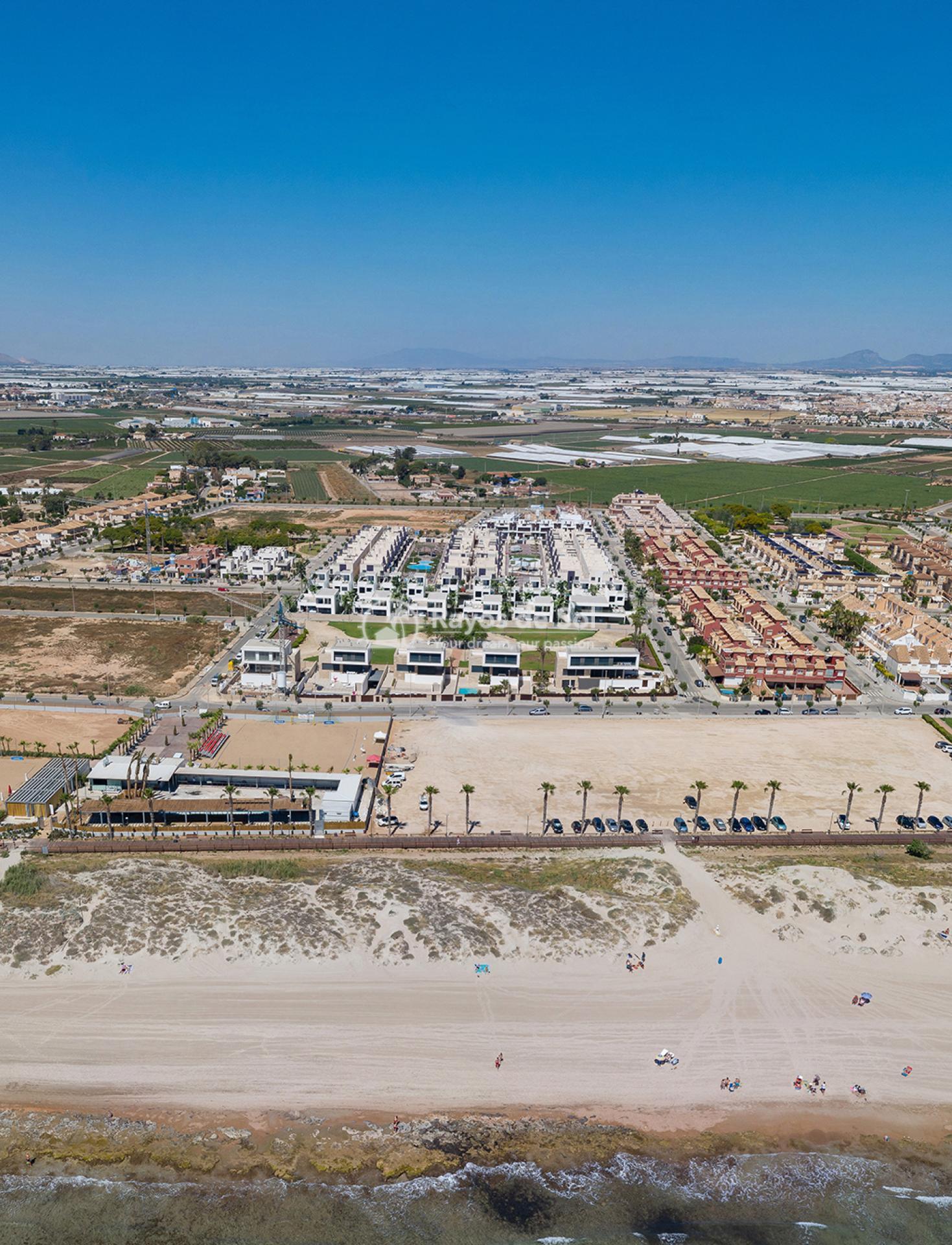 Luxury beachfront villas  in Torre de la Horadada, Pilar de la Horadada, Costa Blanca (Las-Higuericas-v12) - 15