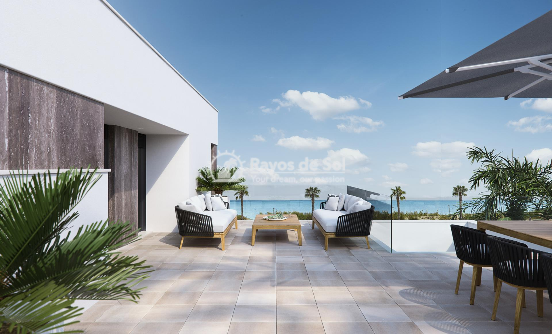 Luxury beachfront villas  in Torre de la Horadada, Pilar de la Horadada, Costa Blanca (Las-Higuericas-V3) - 8