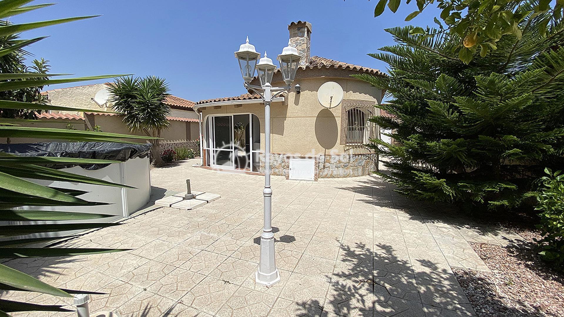 Villa  in Villamartin, Orihuela Costa, Costa Blanca (mp7001) - 1