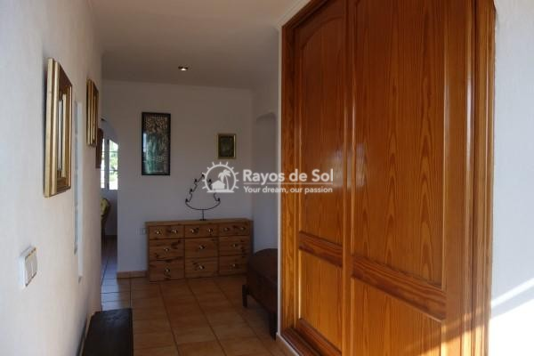 Villa  in Calpe, Costa Blanca North (2980) - 37