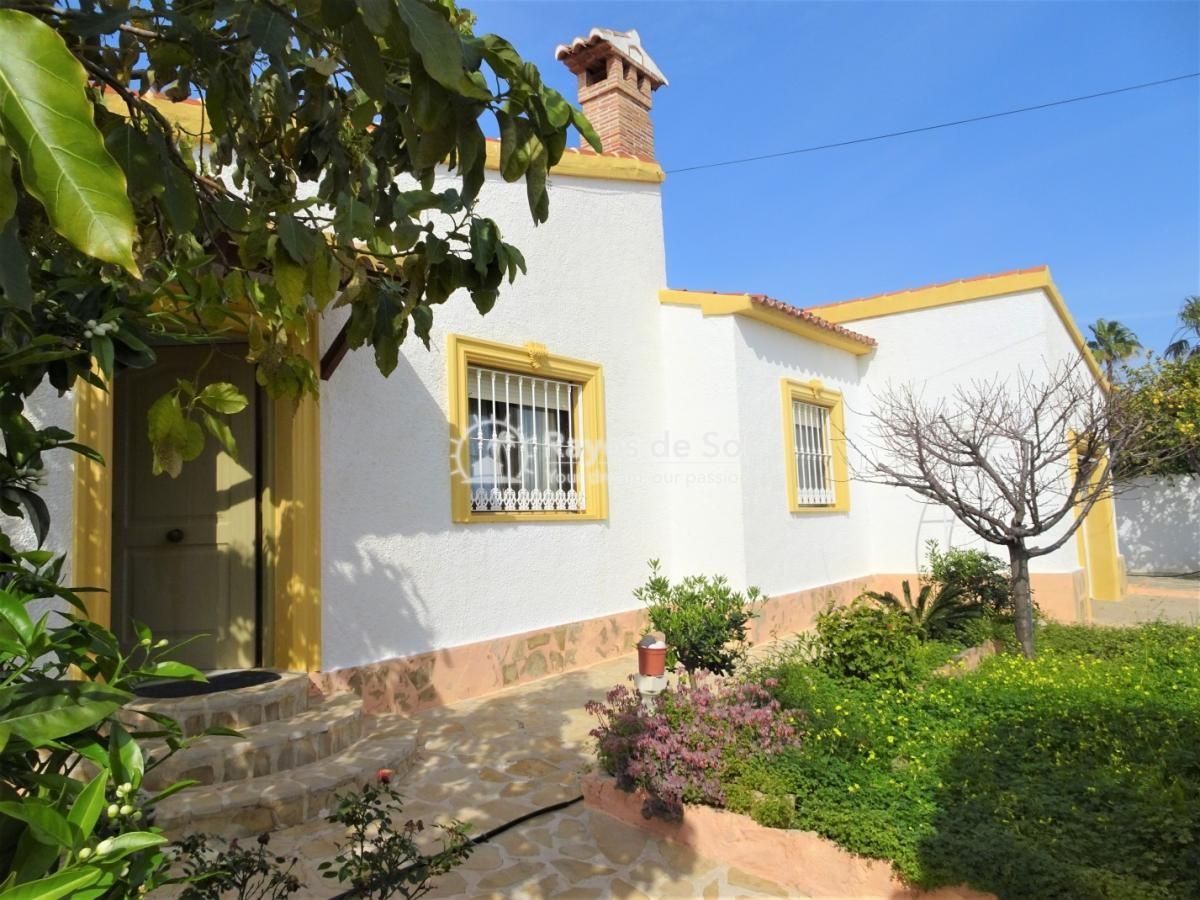Villa  in Calpe, Costa Blanca North (3076) - 2
