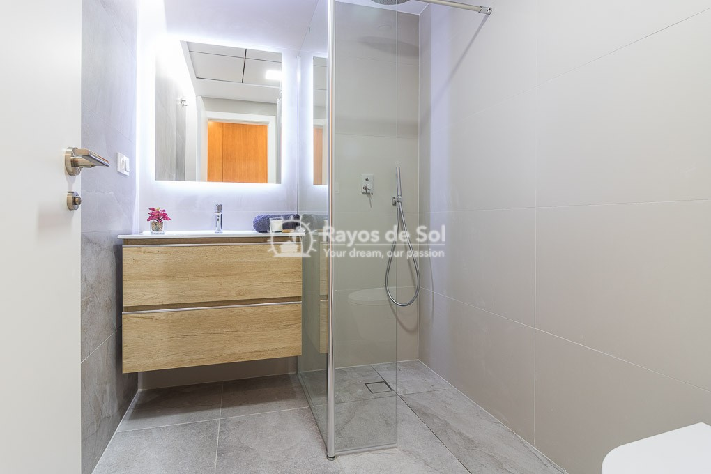 Penthouse  in Torrevieja, Costa Blanca (TOGFBL3-2A) - 35