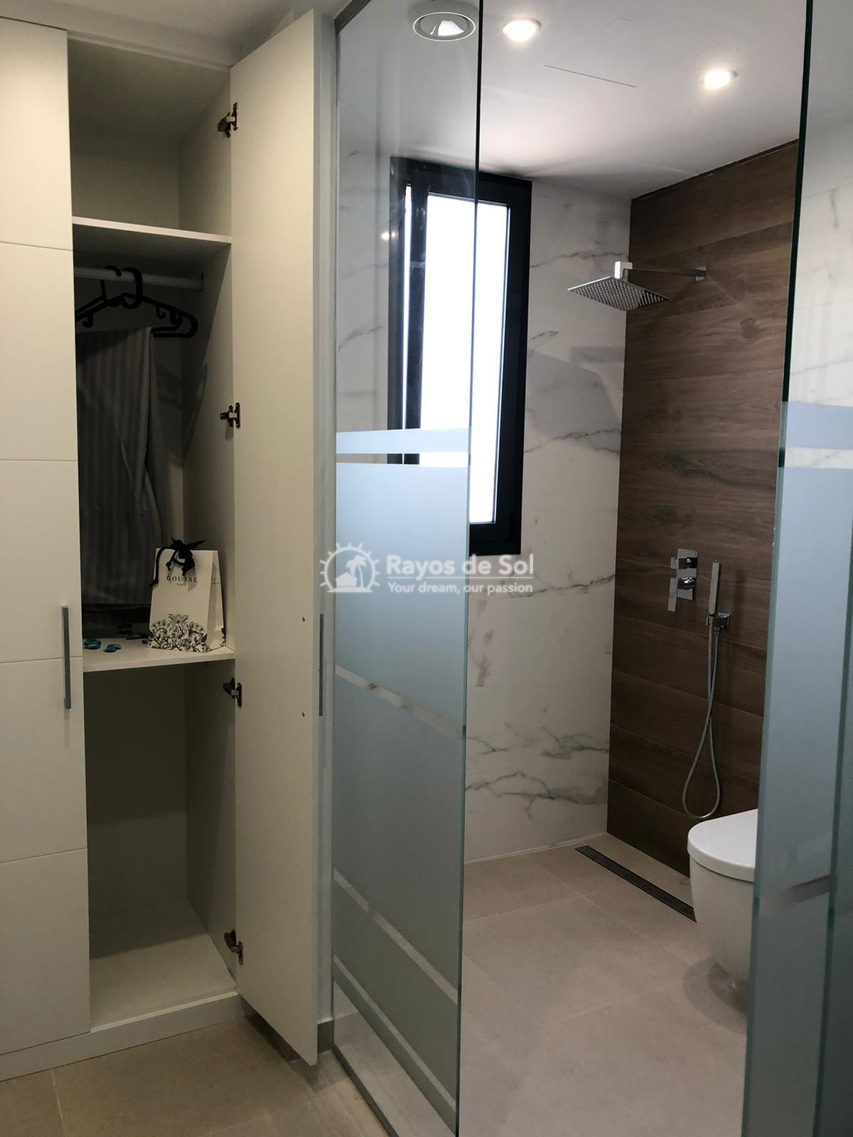 Newbuild villas in La Finca, Algorfa, Costa Blanca (LFHELFV3-2) - 23