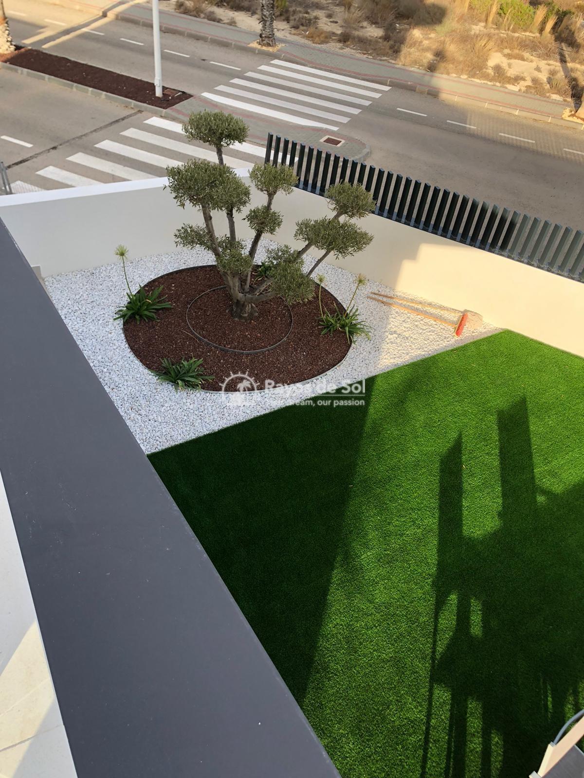 Newbuild villas in La Finca, Algorfa, Costa Blanca (LFHELFV3-2) - 69
