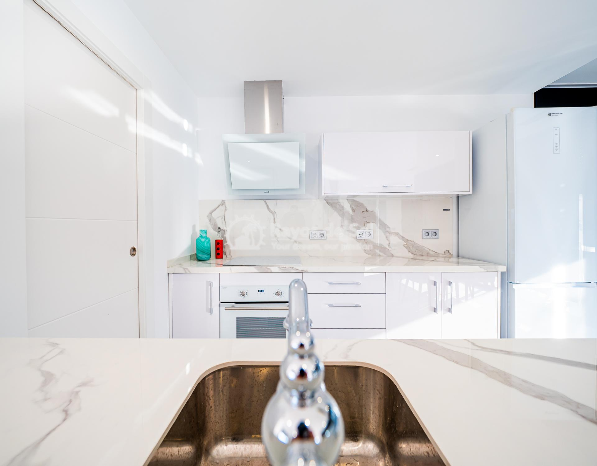 Newbuild villas in La Finca, Algorfa, Costa Blanca (LFHELFV3-2) - 8