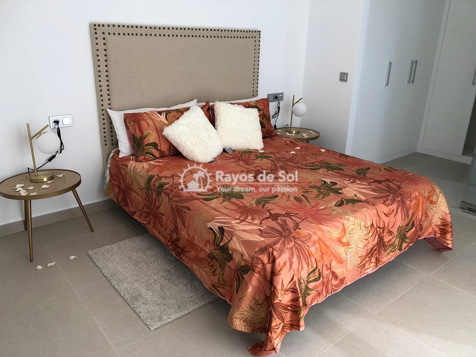 Newbuild villas in La Finca, Algorfa, Costa Blanca (LFHELFV3-2) - 27