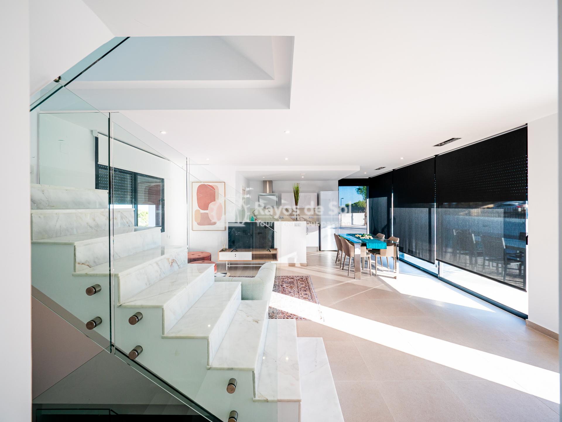 Newbuild villas in La Finca, Algorfa, Costa Blanca (LFHELFV3-2) - 31
